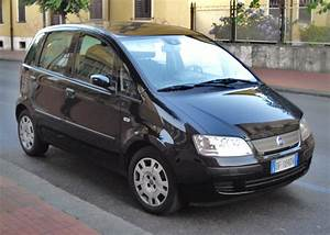File 2006 Fiat Idea Front Jpg