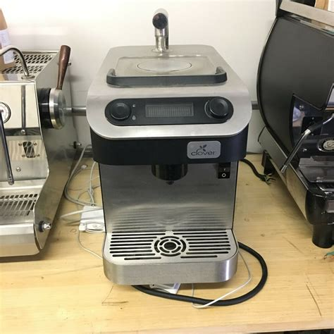 Whatever way you like it you have total control with manual drip coffee, with a machine you allow the machine to have total control and this is why manual drip will always be my favorite. Clover 1s Coffee Maker - Used in Cafe Setting - VERY Rare ...