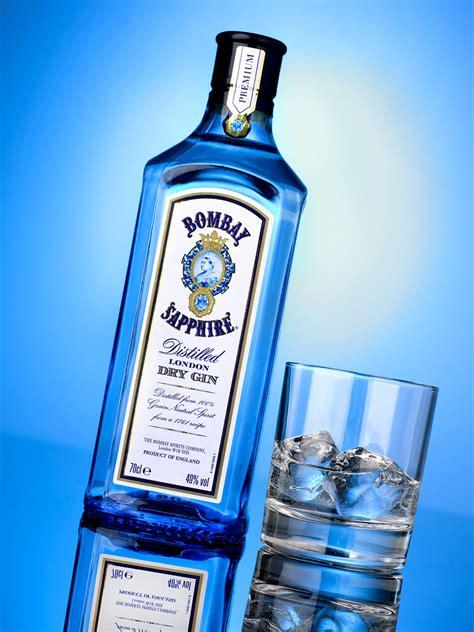 advertising bombay sapphire  bottle shot