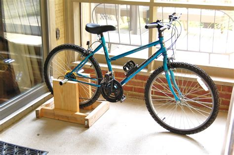 How To Change A Regular Bike Into A Stationary Bike With ...