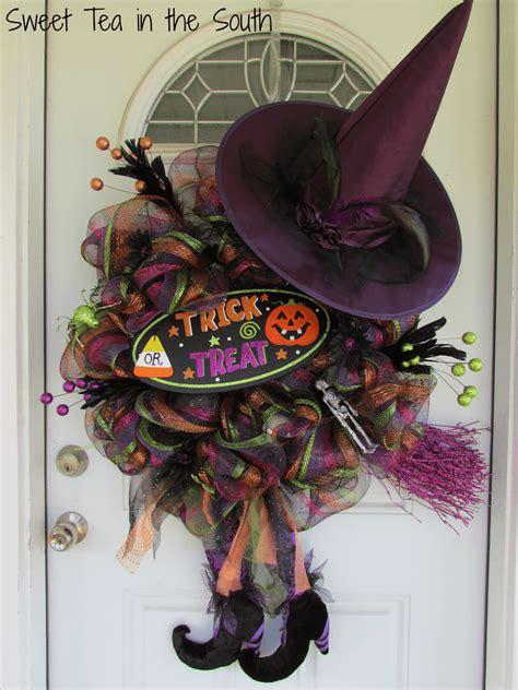 learn      halloween deco mesh wreath