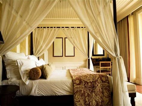how to decorate a canopy bed decoration decorating canopy bed decorating