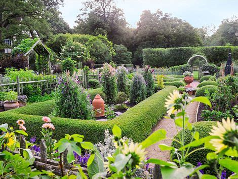 Gorgeous Garden Historic Home by Gorgeous Garden At A Historic Home Edible Formal Garden