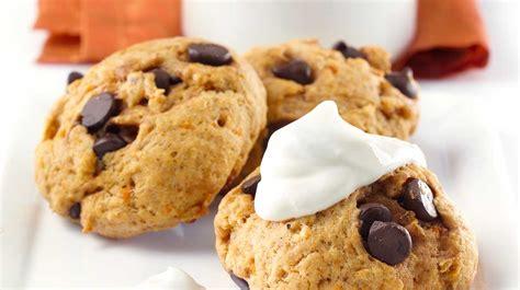 biscuits 224 la patate douce et aux p 233 pites de chocolat recettes iga dessert l 233 gumes recette