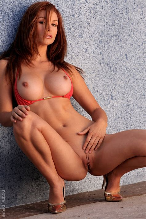 gorgeous redhead heather vandeven shows off her perfect body porn pics at my pornstar book