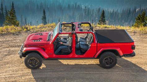 jeep gladiator official gallery