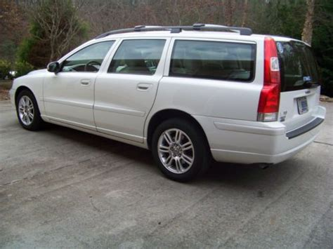 purchase  clean  volvo   wagon  door