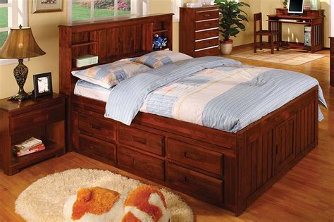 Discovery World Furniture Merlot Full Captain Bed With