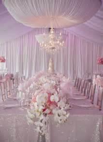 pink wedding decorations pin by ameliste es lista de bodas on decoraciones de mesas
