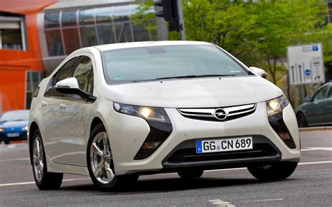 Opel Volt by A Tale Of Two Erevs Chevy Volt Vs Opel Era Which