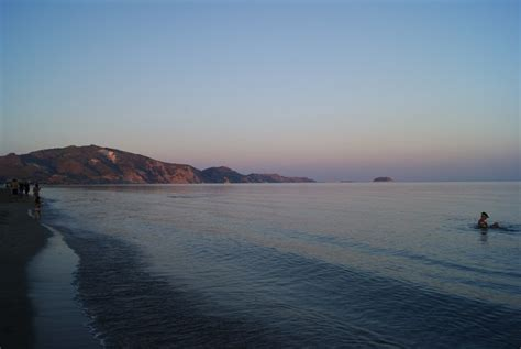 turisti per caso zante tramonto a laganas viaggi vacanze e turismo turisti