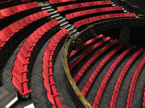 seating   bloomsbury theatre london  kirwin simpson