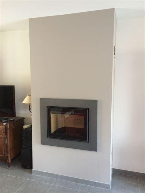 habillage cheminee insert moderne habillage insert moderne 28 images granipierre marbrerie bien choisir habillage de chemin