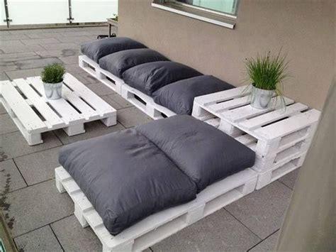 canape exterieur en palette canapé chaise banc un meuble en palette pour tous