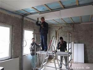 Rigips Decke Anbringen : wie sie das dachgeschoss richtige d mmung und die kosten f r den dachausbau ~ Frokenaadalensverden.com Haus und Dekorationen