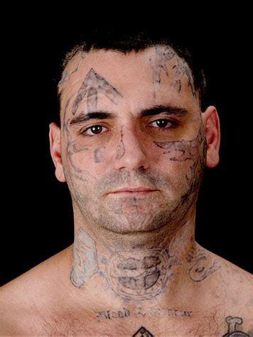 gesichts tattoos zum aufkleben neonazi bryon widner l 228 sst sich tattoos weglasern welt