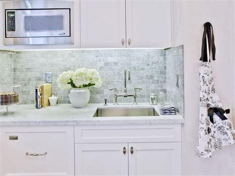 ceramic subway tile kitchen backsplash white glass tile backsplash black backsplash tile ideas