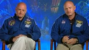 US astronauts to become first twins in space - BBC News