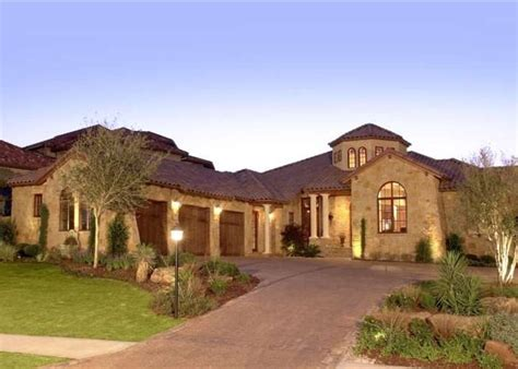 tuscan style homes 1000 ideas about tuscan style homes on tuscan