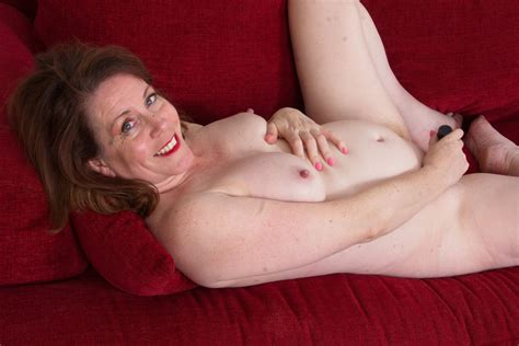 American Milf Brie Gets Herself In The Mood Free Porn Ab
