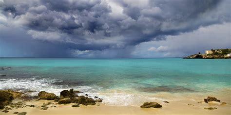 hurricane season affect cruises