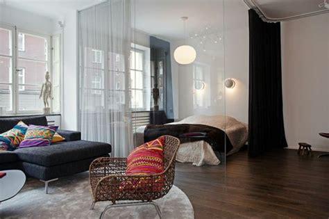 raumteiler wohnzimmer schlafzimmer raumteiler zwischen schlafzimmer wohnzimmer durch vorhang vorh 228 nge raumtrenner