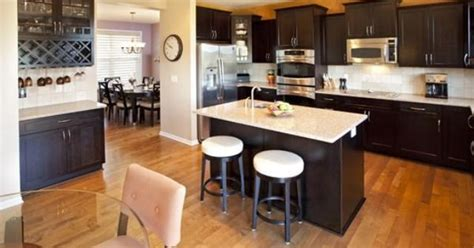 kitchen tiles designs pictures everything you could want walnut stained maple cabinets 6298