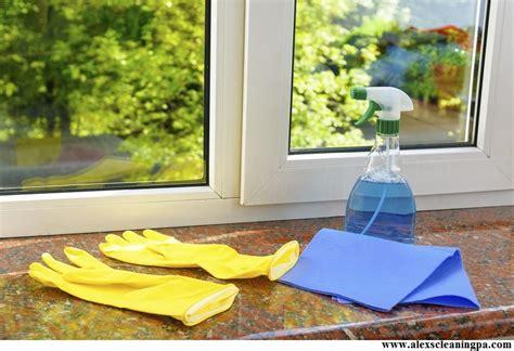 Wie Putze Ich Fenster by Wie Fenster Wie Ein Profi Putzt Fensternorm