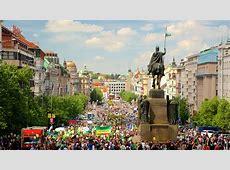 Wenceslas Square in Prague, Expedia