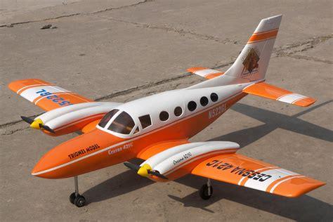 Cessna 421 71'' Nitro Gas Rc Airplane Arf Orange