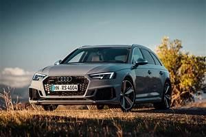 Audi Rs 4 : audi rs4 review return of the fast estate king gearopen ~ Melissatoandfro.com Idées de Décoration