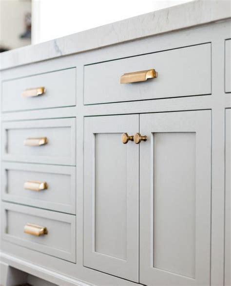boutons et poignees meubles cuisine 1001 conseils et idées de relooking cuisine à petit prix