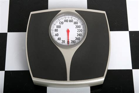 ask the nutrition tactician how often should i weigh myself