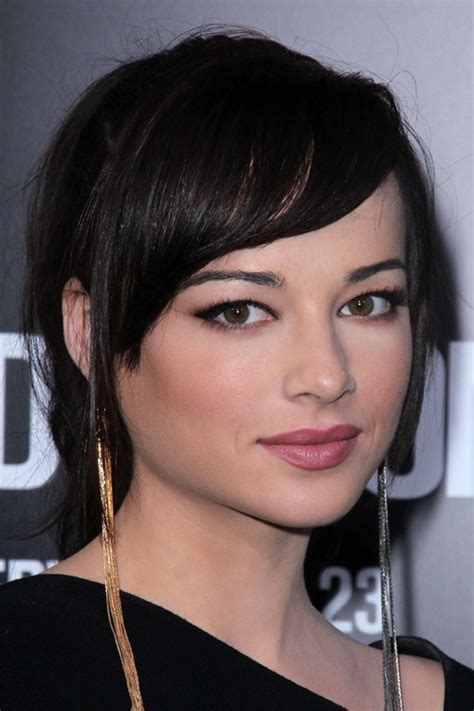 Ashley Rickards Hairstyles & Hair Colors   Steal Her Style
