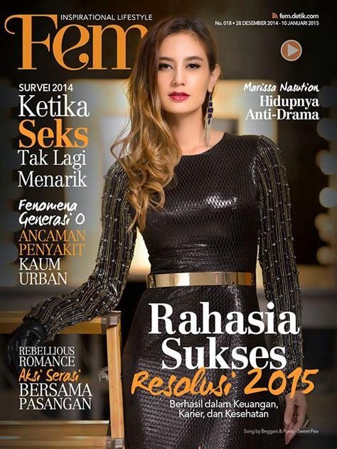 desain cover majalah remaja  wanita indonesia bitebrands