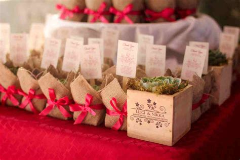2017 Wedding Favor/ Giveaway Ideas