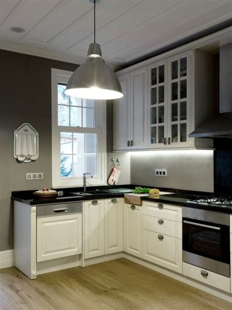 Weisse Küche Mit Dunkler Arbeitsplatte wei 223 e k 252 che mit dunkler arbeitsplatte und w 228 nde k 252 chen