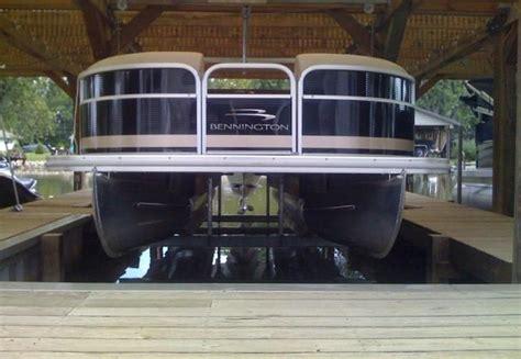 5000 Lb Boat Lift by 5000 Lb Pontoon Boat Lift Boat Lift World