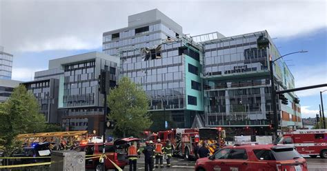 flipboard seattle crane collapse    dead