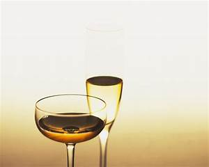 Wine Glass Tall And Small Wallpapers - HD Wallpapers 35976
