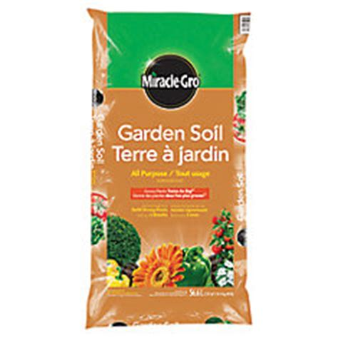 miracle gro miracle gro garden soil 56 6 l the home