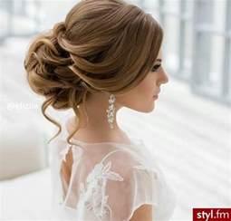 coiffure mariage simple 20 magnifiques modèles de coiffure de mariage tendance printemps eté 2017 coiffure simple et