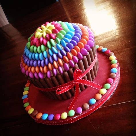 best 25 cupcakes ideas that you will like on cupcake cakes big cupcake