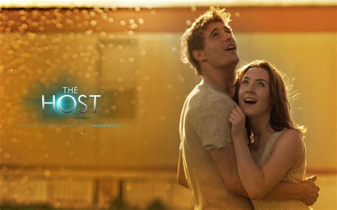 the host movie freak 77 review the host 2013