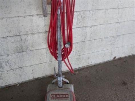 Clarke Floor Maintainer Model Fm13 by Clarke Floor Maintainer