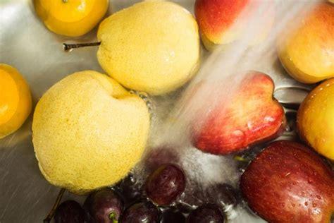 comment cuisiner une patate douce 2 façons naturelles d 39 enlever les pesticides des aliments