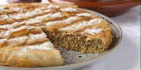 cuisine marocaine pastilla au poulet pastilla marocaine au poulet et amandes recette sur