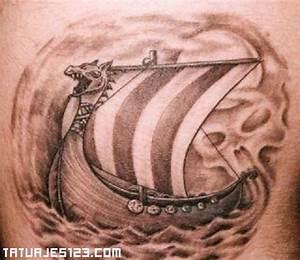 Navío de guerra vikingo Tatuajes 123