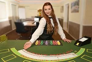 Qu hace una azafata en un casino?