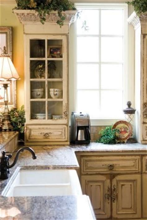 paints for kitchen cabinets 17 images about glass cabinets on antique 4079